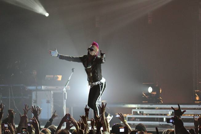 Thirty Seconds to Mars delivers a socially charged, crowd-pleasing concert in Dallas