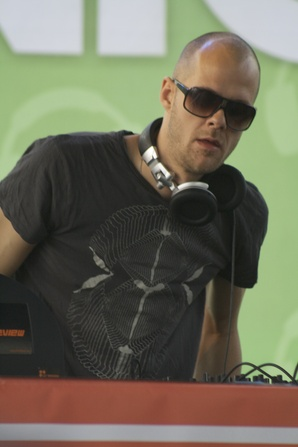 2011 Dates Adam Beyer
