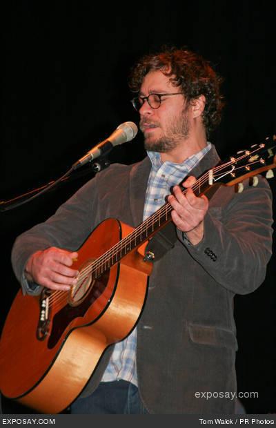 Amos Lee 2011