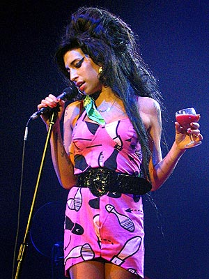 amy-winehouse-tickets-lucca_130329600378