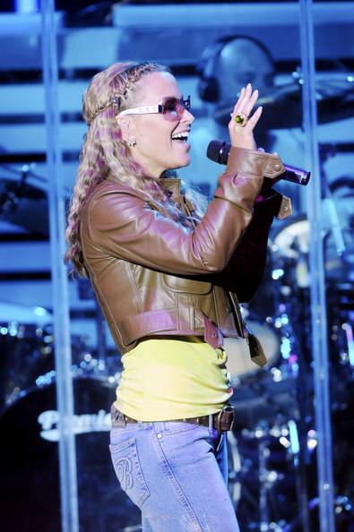 2011 Anastacia