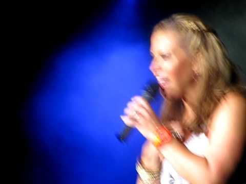 Dates 2011 Anastacia