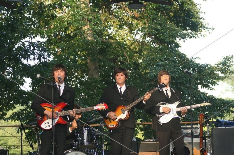 Show Beatlemania Again 2011