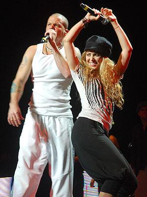 Tour Dates Calle 13 2011