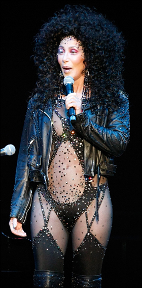 2011 Dates Cher