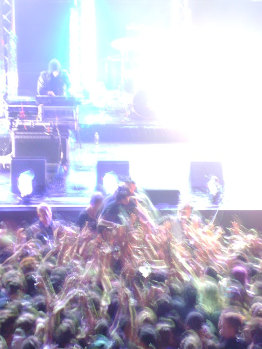 Show 2011 Crystal Castles