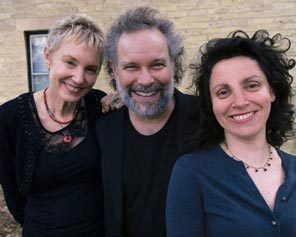 Dates 2011 Eliza Gilkyson Trio