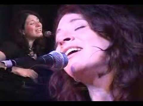 Dates Eliza Gilkyson Trio 2011