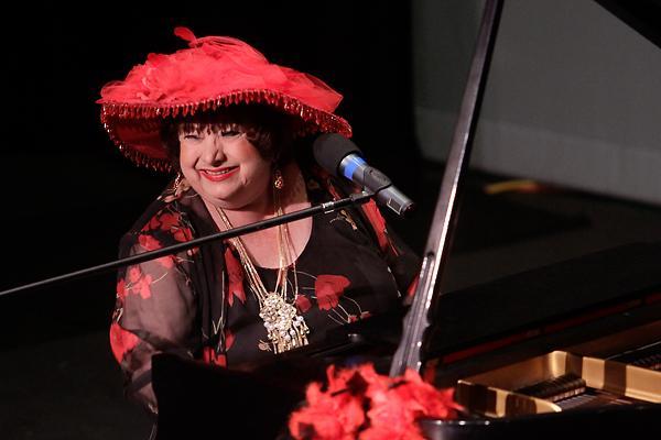 Show 2011 Folks Festival