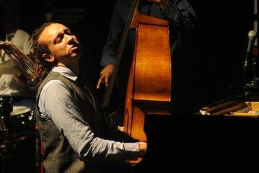 Gerald Clayton Trio 2011