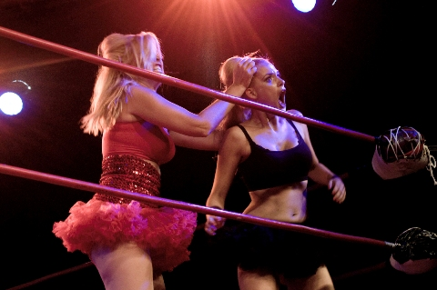 2011 Girly Girl Catfight Show