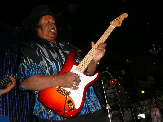 2011 Show Guitar Shorty
