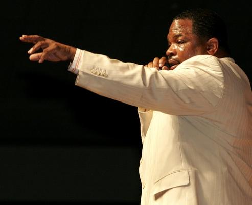 2011 Show Hezekiah Walker