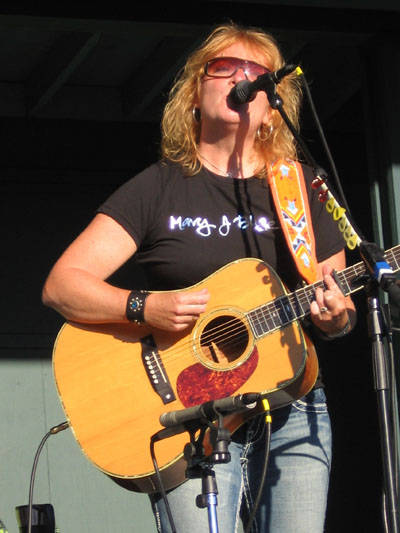 2011 Indigo Girls Dates