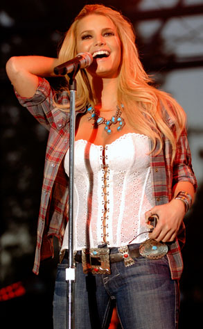 2011 Jessica Simpson