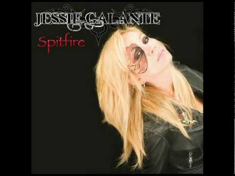 2011 Show Jessie Galante