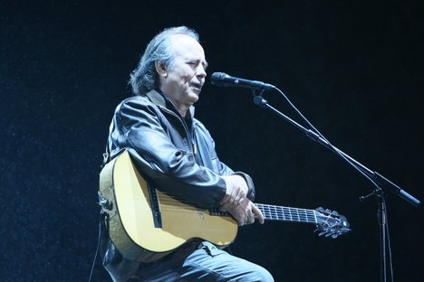 Joan Manuel Serrat Concert