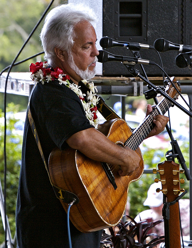Dates Tour 2011 John And Hope Keawe