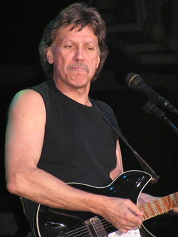 2011 John Kay