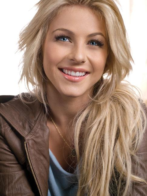Julianne Hough Green Bay WI