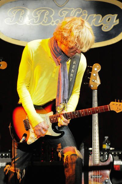 2011 Kenny Wayne