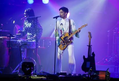 Show 2011 Le Freak