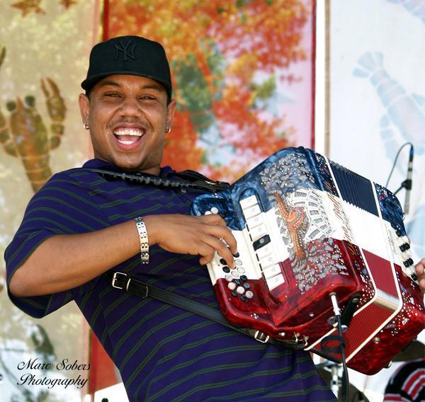 2011 Dates Leon Chavis