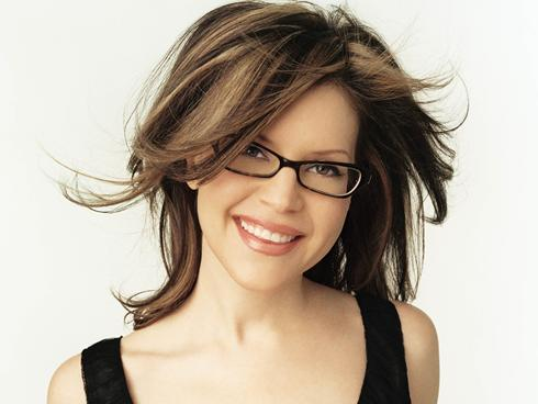 2011 Lisa Loeb