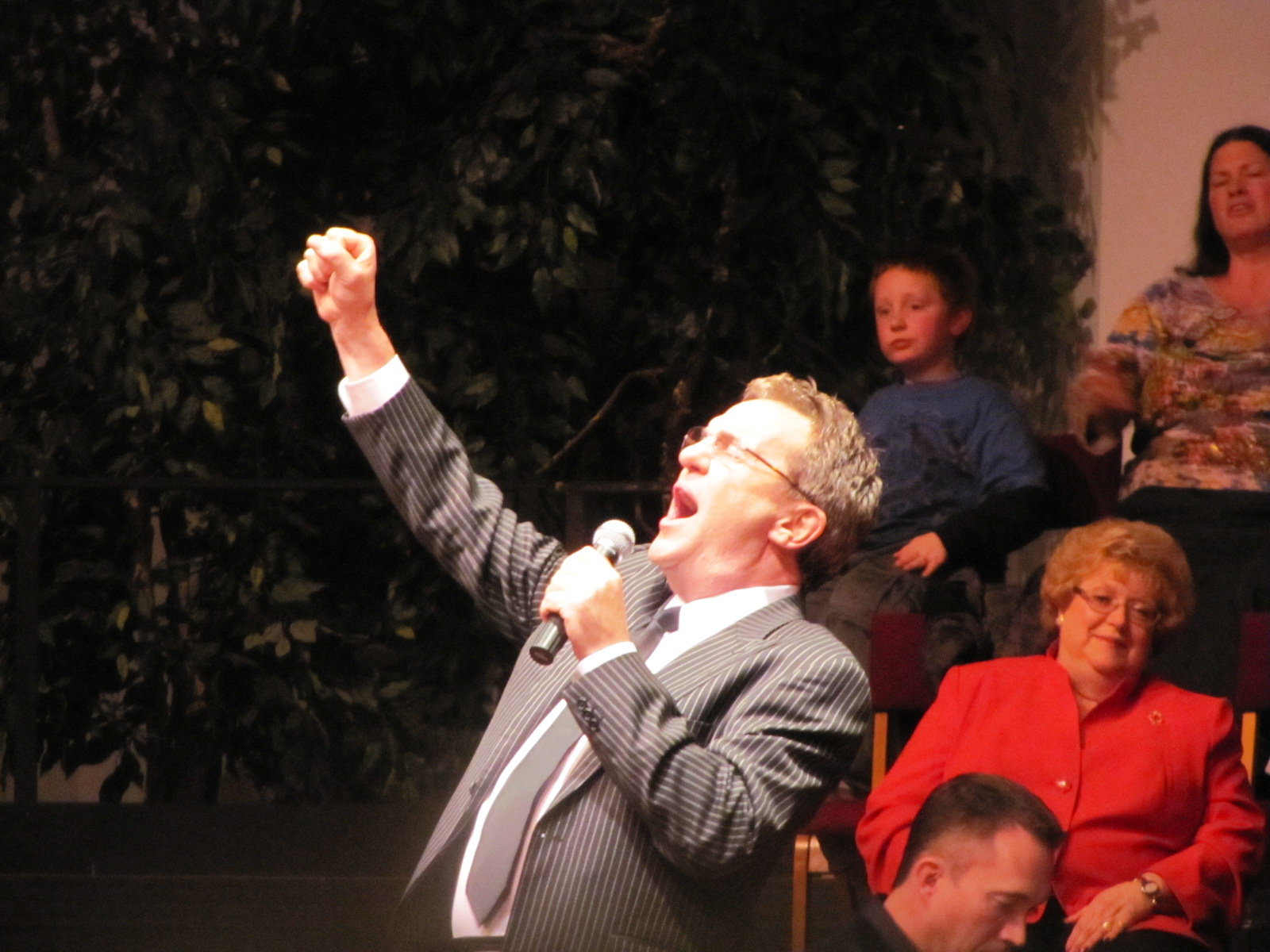 2011 Mark Lowry Dates Tour