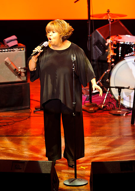 2011 Dates Mavis Staples