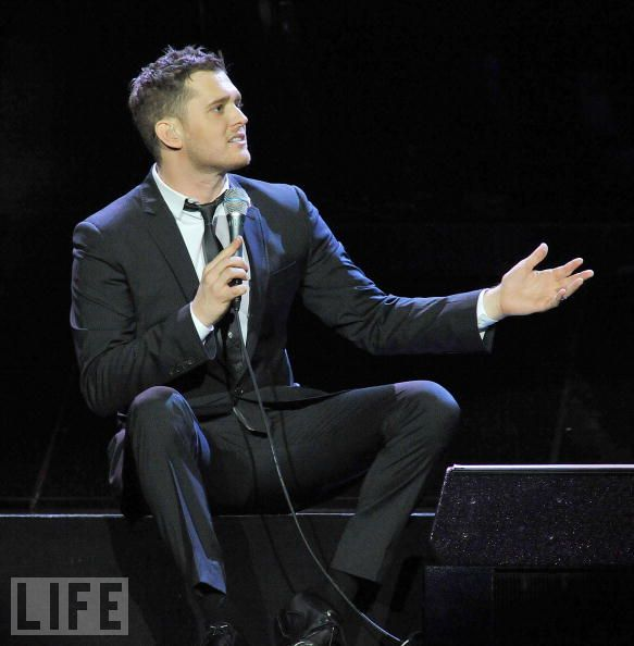2011 Michael Buble Dates Tour