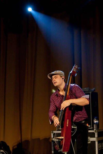 2011 Mike Stern
