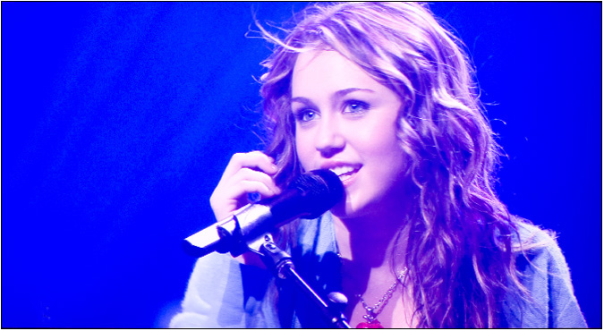 Miley Cyrus Show 2011