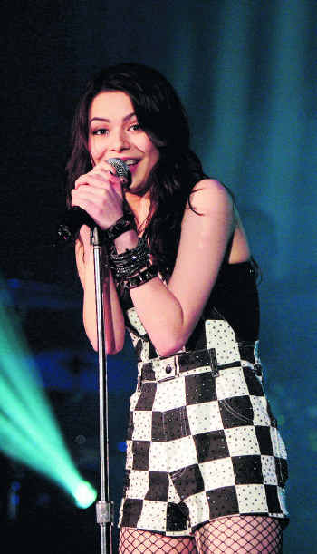 Miranda Cosgrove 2011