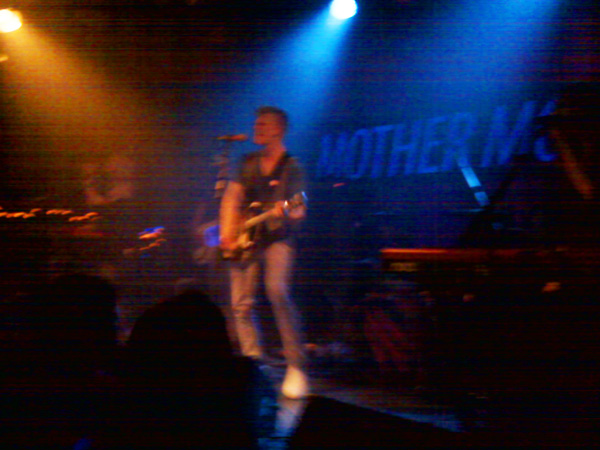 Show Mother Mother 2011