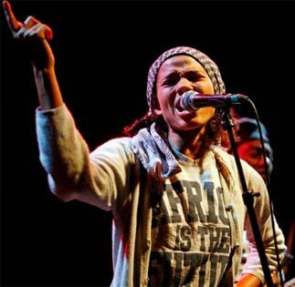 Show Nneka 2011
