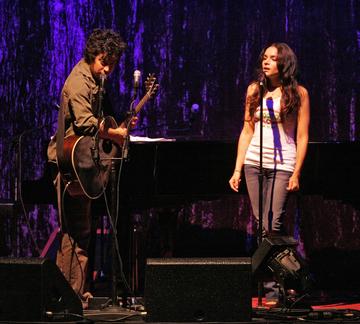 Norah Jones 2011