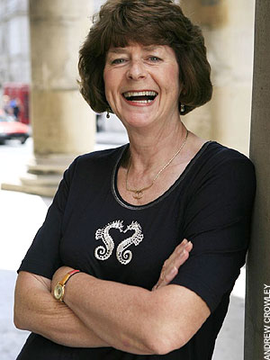 Tickets Pam Ayres