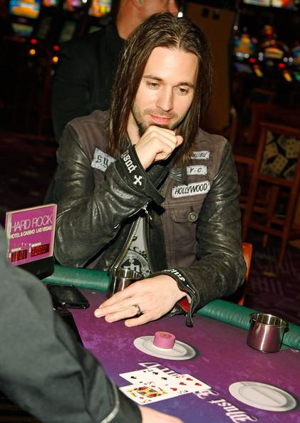 Dates Papa Vegas 2011 Tour