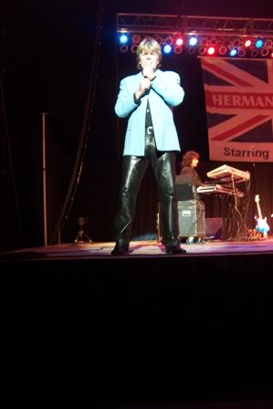 2011 Dates Peter Noone