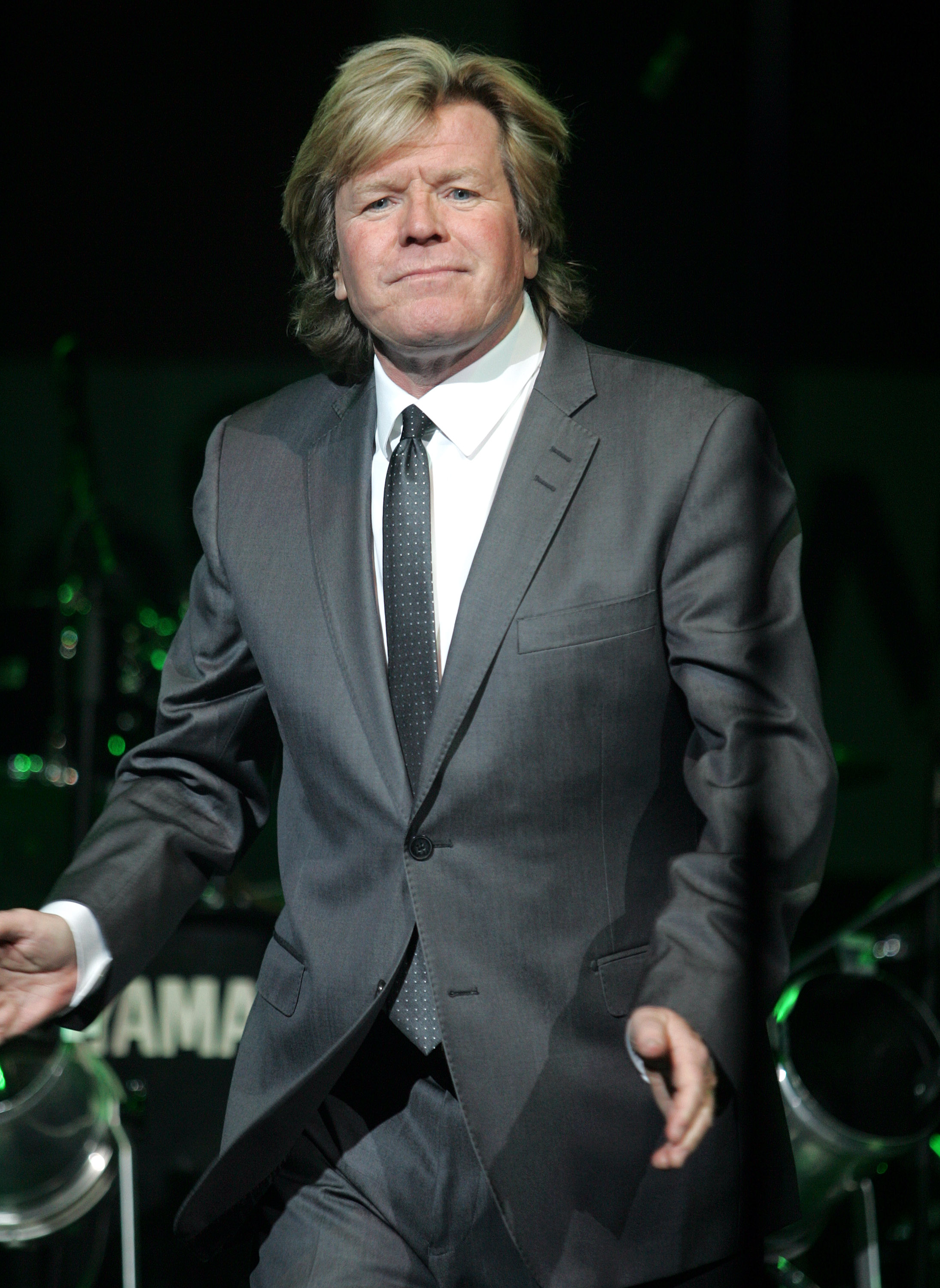 peter noone how tall