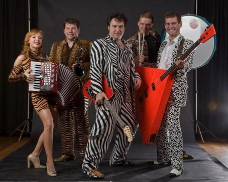Red Elvises Dates 2011