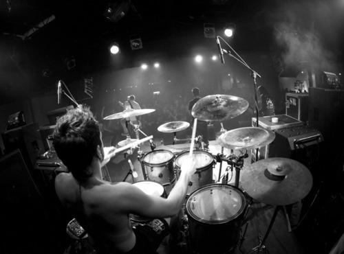 Concert Revolver Magazine Tour