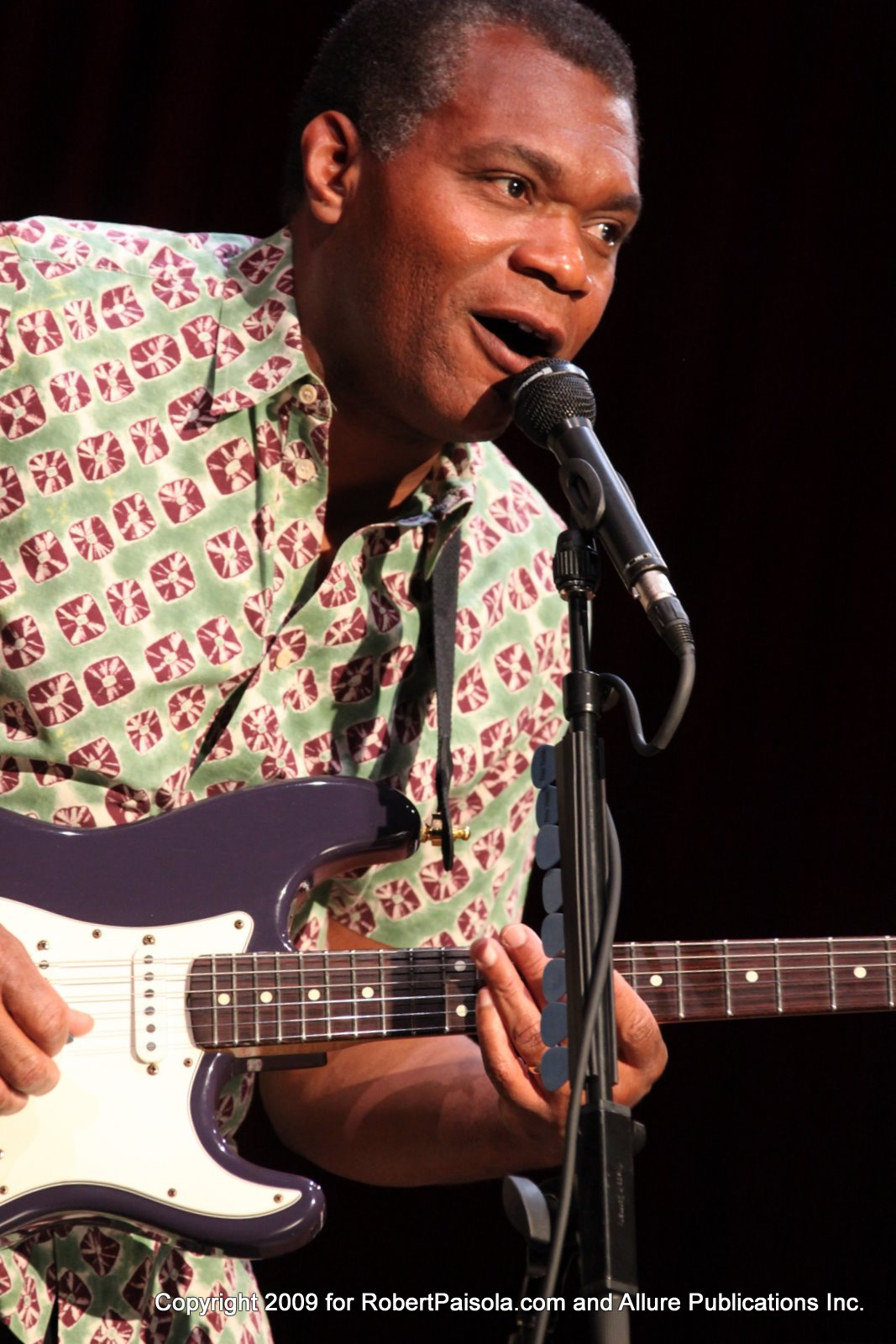 2011 Robert Cray Band Show