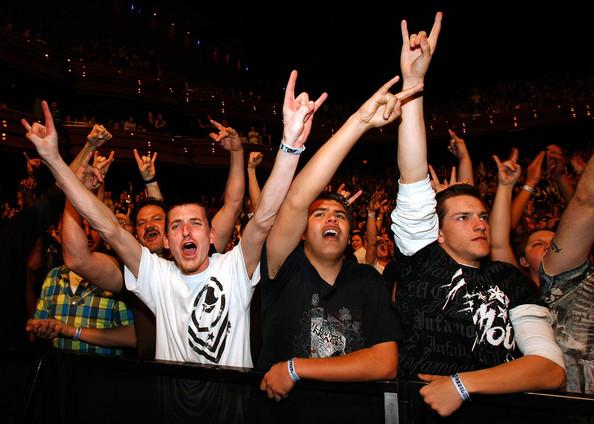 Show Tickets Sevendust