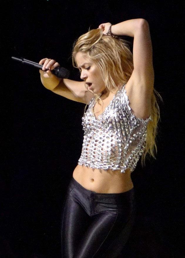 2011 Show Shakira