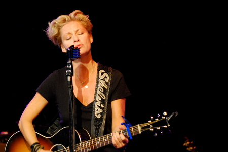 Shelby Lynne Saenger Theatre Al Tickets