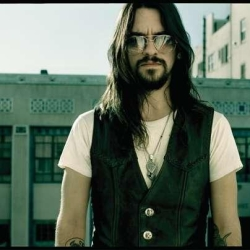 Concert Shooter Jennings
