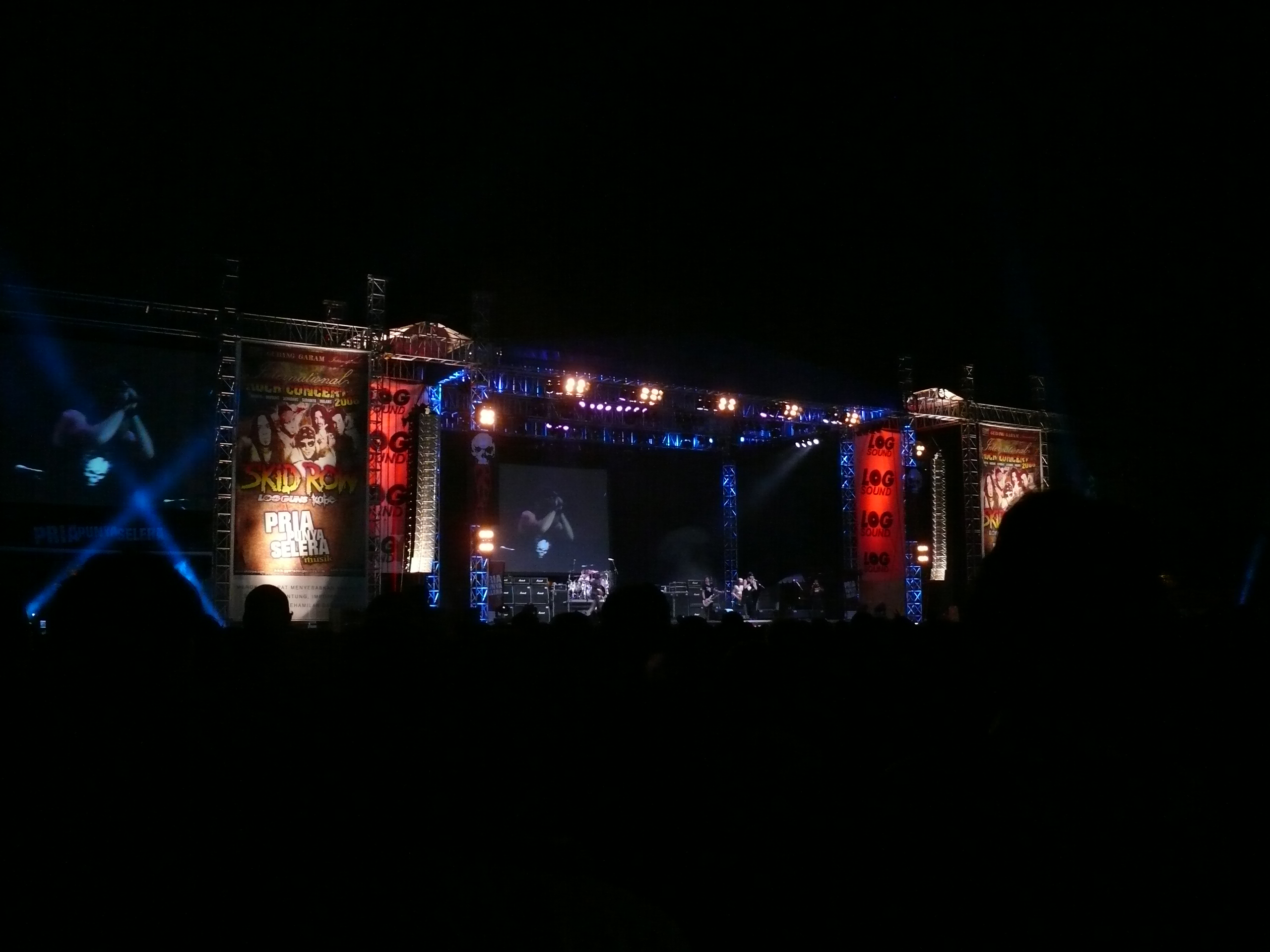 Skid Row 2011