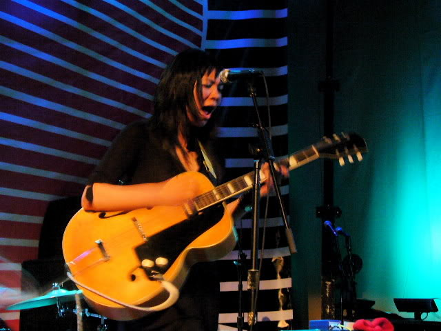 Show Thao Nguyen 2011
